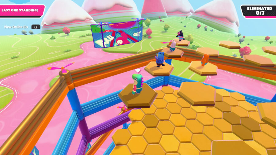 A screenshot from Fall Guys of the minigame Hex-A-Gon