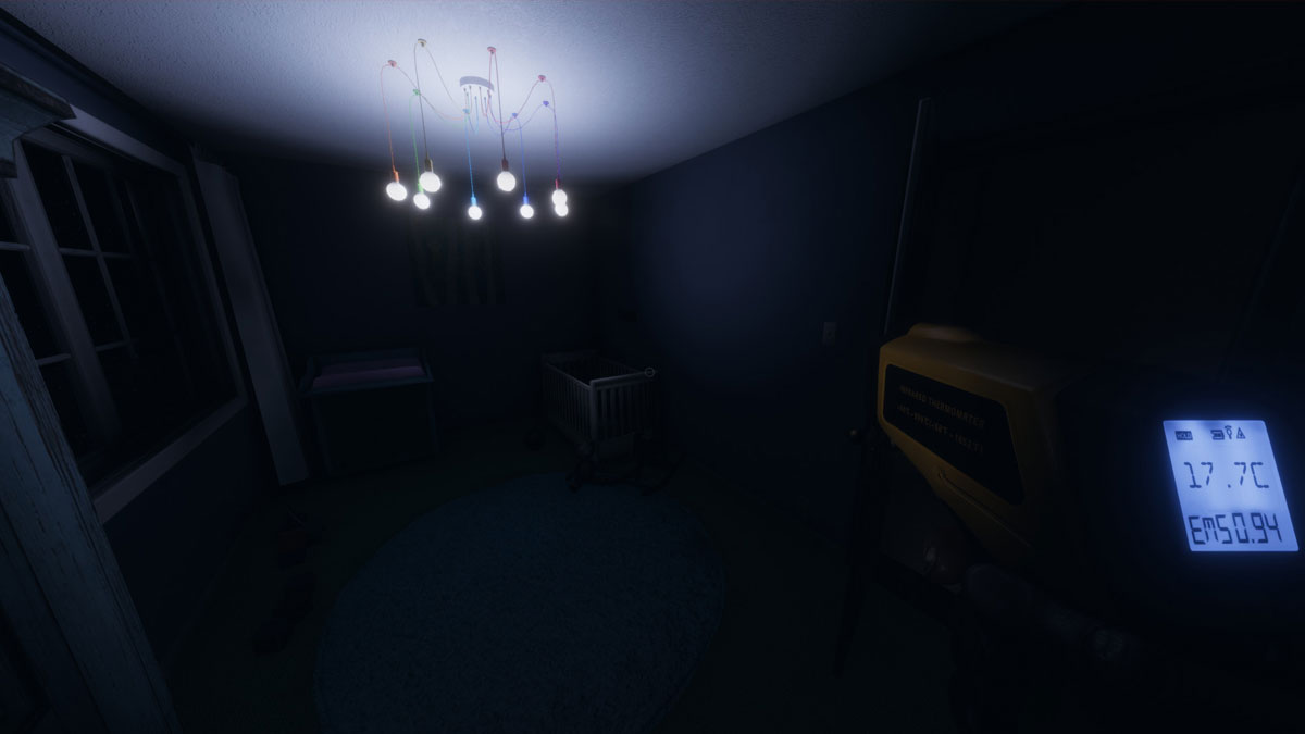 How to talk to ghosts in Phasmophobia - Pro Game Guides