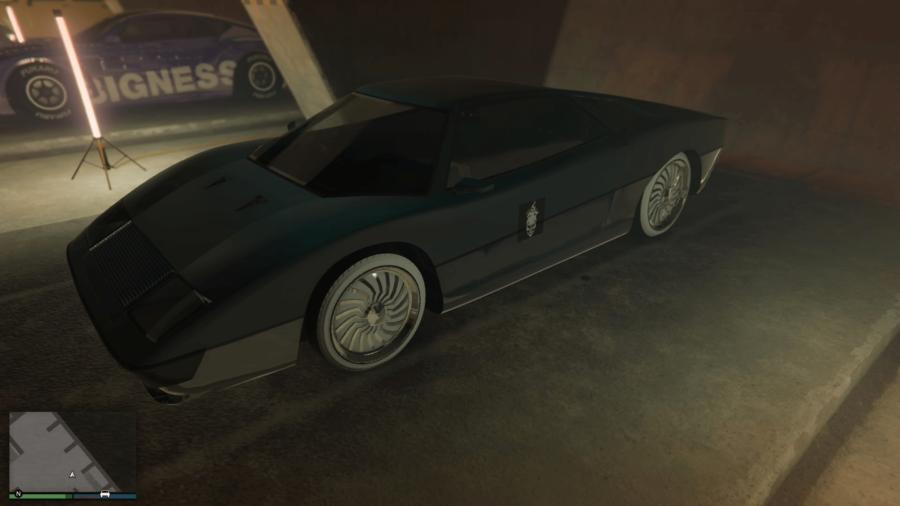 A customized Stromberg in GTA V.