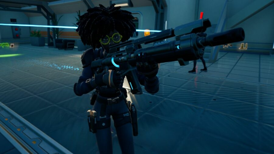Doctor Slone holding her Pulse Rifle in Fortnite.