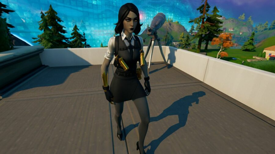 Marigold walking in Fortnite.