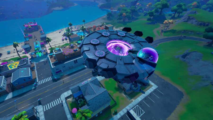 A UFO Flying in Fortnite.