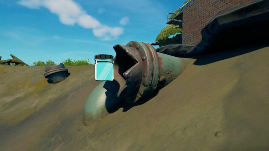 A bottle of Slurpy Turquoise in Fortnite